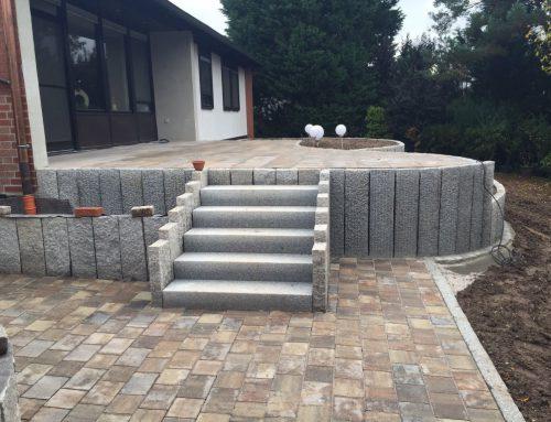 Granitstelen, Treppenaufgang, Pflasterarbeiten
