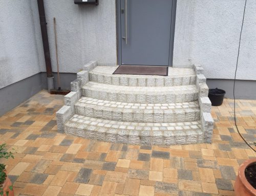 Treppe in Segmentbögen